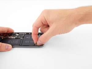 Как заменить батарею (аккумулятор) iPhone X